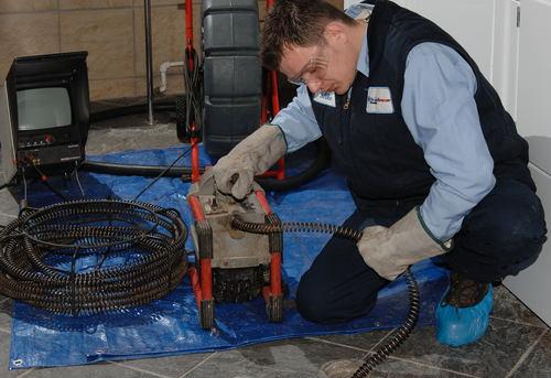 Прочистка канализационных труб в квартире в Павловском Посаде