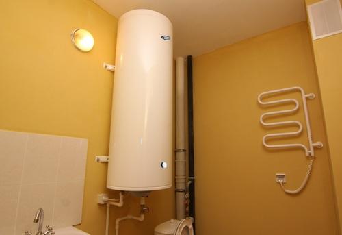 Установка настенного водонагревателя вертикально в Павловском Посаде