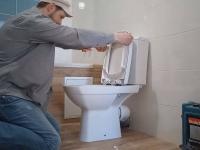 Установка сантехники в ванной