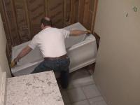 Установка и подключение акриловой ванны