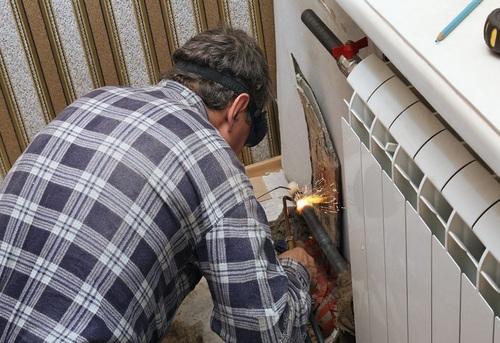 Замена радиатора отопления в квартире в Павловском Посаде
