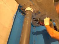 Замена пластикового стояка канализации