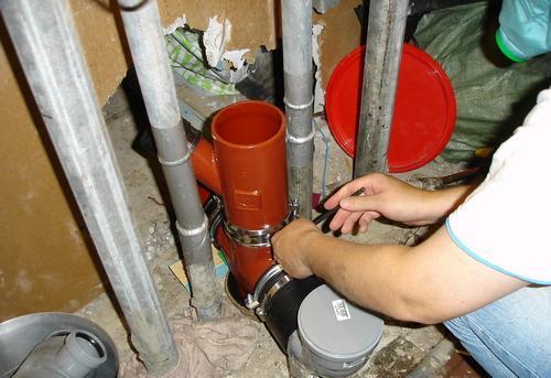 Замена стояка канализации на кухне в Павловском Посаде