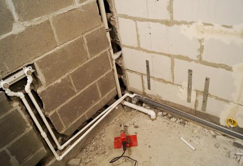 Замена труб канализации в ванной в Павловском Посаде