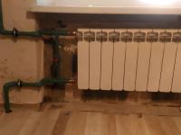 Замена труб отопления с радиатором